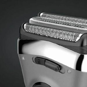 Series 3 3040s Electric Shaver with Precision Trimmer, Rechargeable, Wet & Dry Foil Shaver